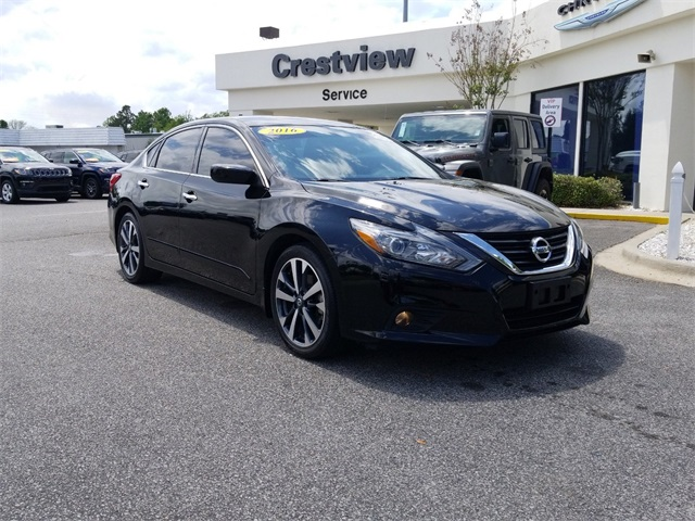 Pre-Owned 2016 Nissan Altima 2.5 SR